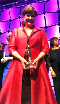 Nancy Balkcom_Holding Award